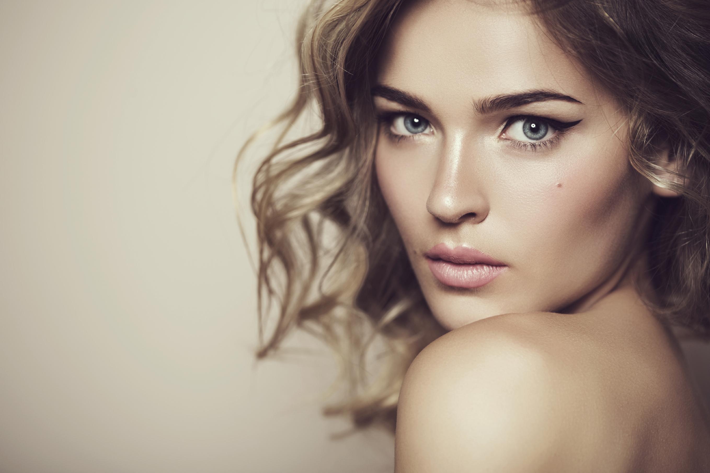 επιτυχία με τις όμορφες γυναίκες